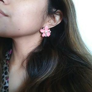 Jewelry - 🌸Pink Flower Earrings
